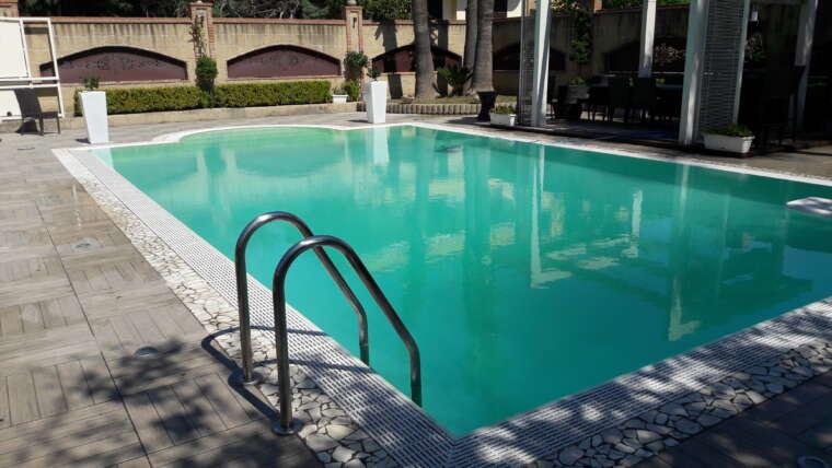 Manutenzione piscine ad acqua salata